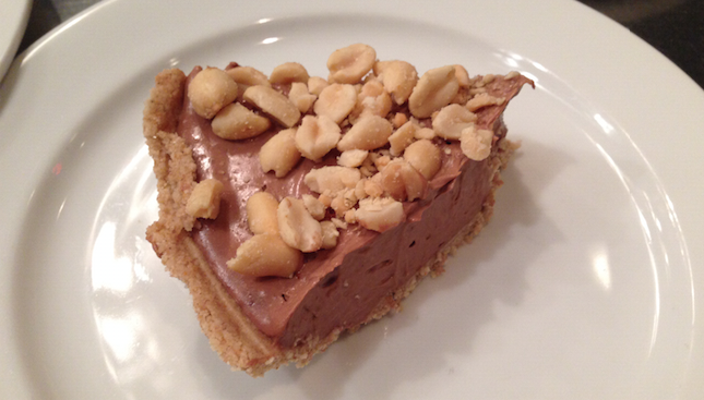 grateful plate vegan chocolate peanut butter mousse pie