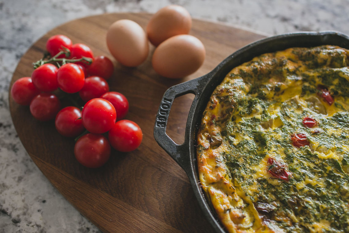 Frittata with Cherry Tomatoes and Eggs
